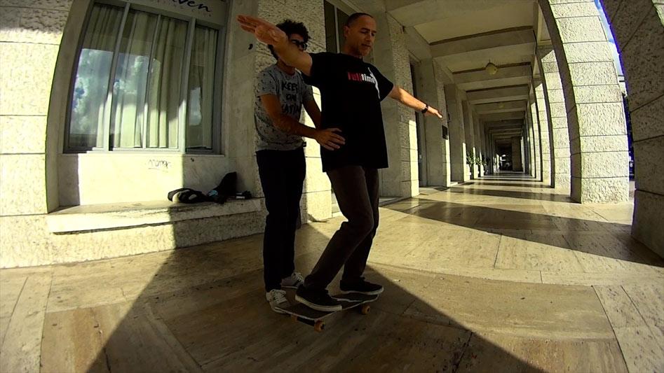 PROGETTO-SKATING-IN-THE-DARK---CAPITOLO-3---img-2